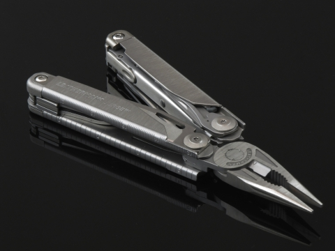 Leatherman мультитул Surge Nylon Sheath