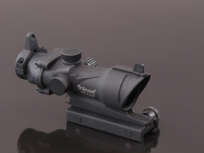 China made ACOG 4x32 Red/Green Scope (with iron sight) Black